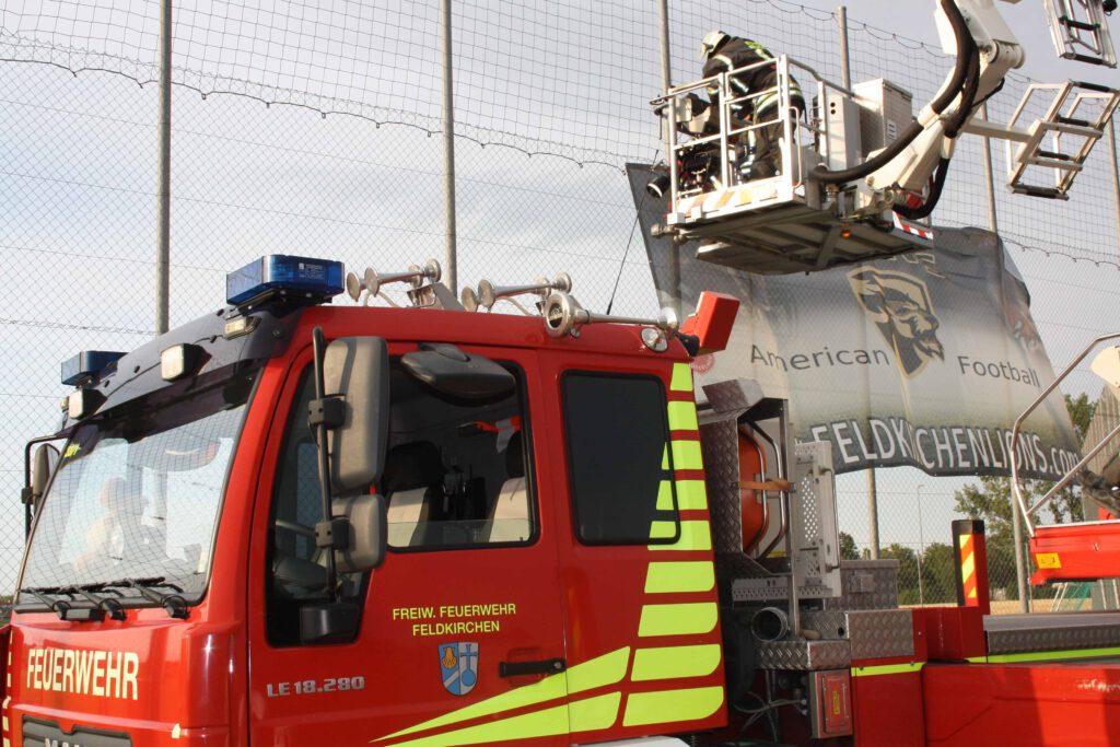 Feuerwehr Feldkirchen mir neuen Banner